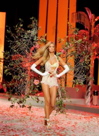 Victoria Secret Fashion Show, 2008